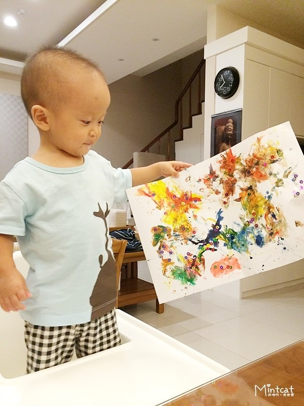 【熊寶1Y8M】行天宮親子班第4堂學習記錄‧親子美術課手指水彩畫與手作煙火