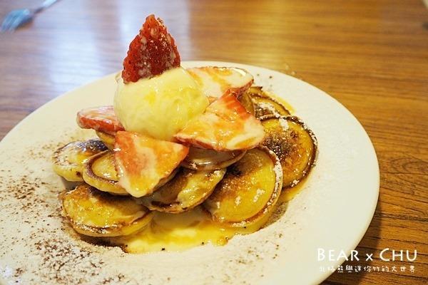 【台北中山區美食】荷蘭小鬆餅Poffertjes Cafe‧火烤焦糖布丁草莓甜蜜蜜