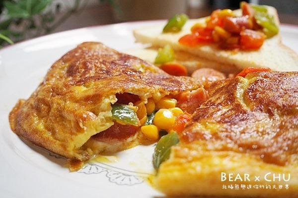 營養早餐起司蔬菜熱狗歐姆蛋