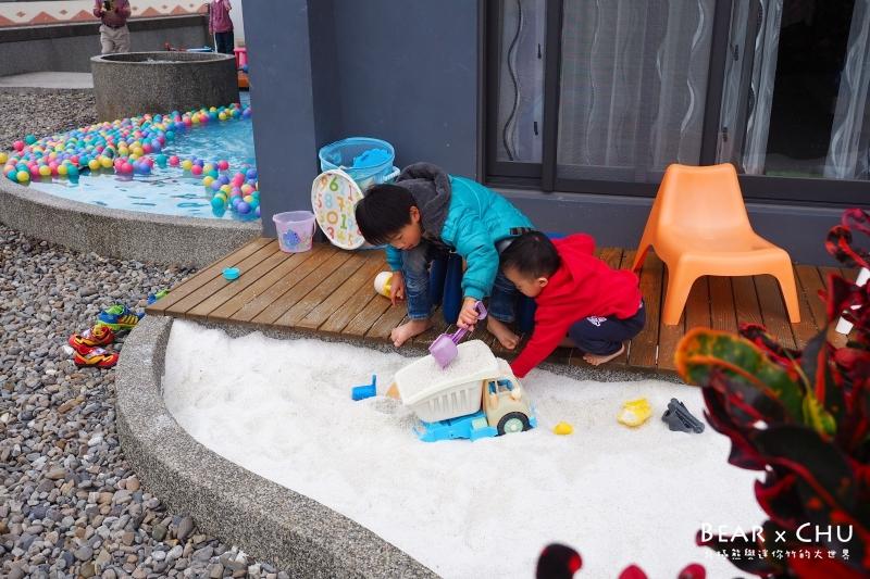 【宜蘭民宿推薦】宜蘭冬山想飛民宿・沙坑、戲水池完全收服孩子心(體驗分享)
