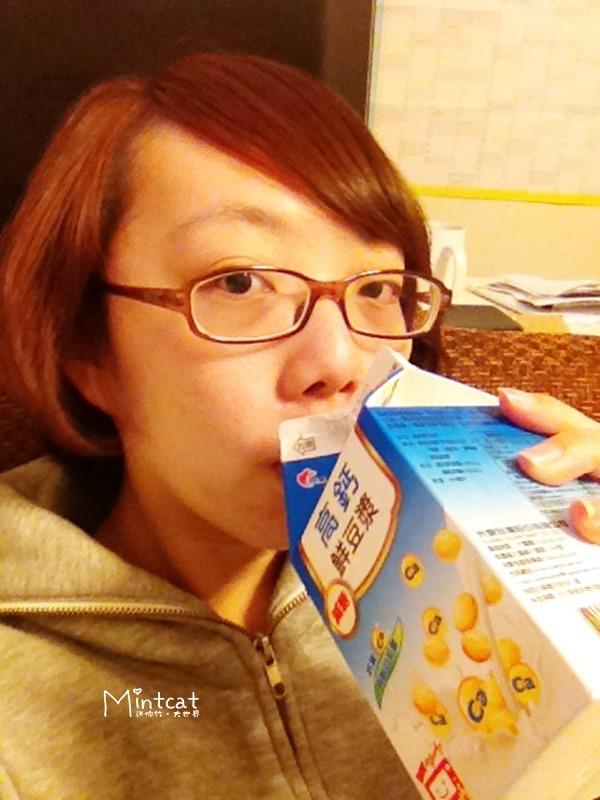 【試喝體驗】光泉植物奶高鈣鮮豆漿‧母乳媽媽營養補充好選擇