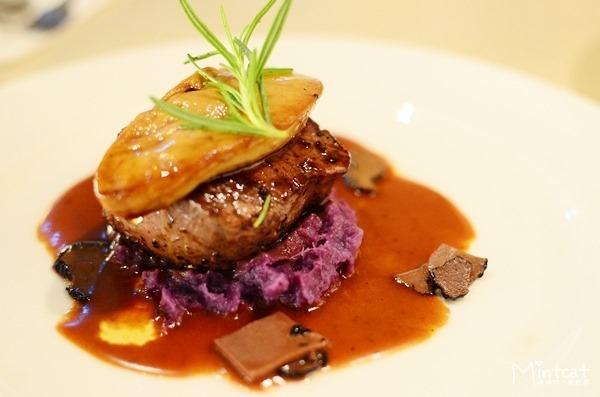 【台北東區餐廳】約會餐廳推薦INDULGE餐酒館・我們的甜蜜約會