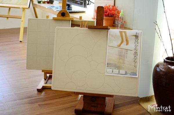 激推!日本UB足快珪藻土浴墊‧跟潮濕臭臭的傳統腳踏墊說掰掰