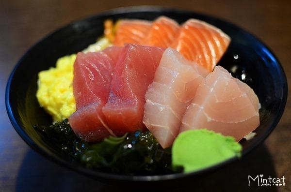 【台北東區餐廳】築地鮮魚平價生魚片蓋飯