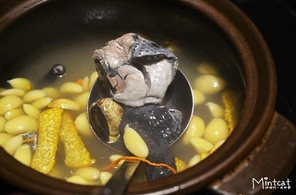 【台中西區餐廳】聚餐推薦雞酒棧‧雞湯食補與熱炒創意菜餚都美味