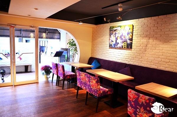 Chin Chin Cafe